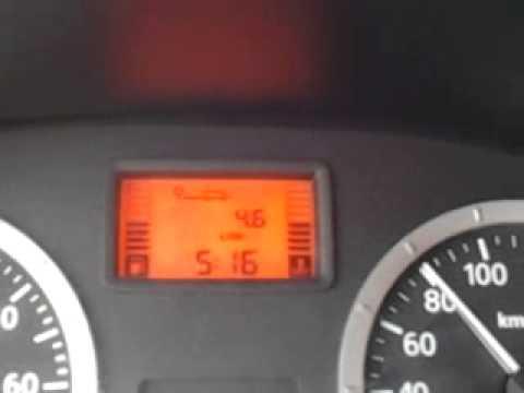 Die Transportsteuer aufgenommen in den Preis des Benzins