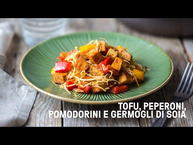 tofu in padella con peperoni pomodorini e germogli di soia video