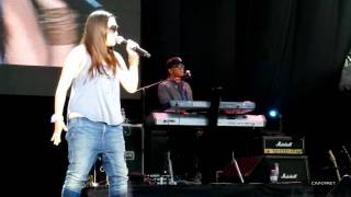 Charice - One day, Singapore Grand Prix 2011 (day 2)