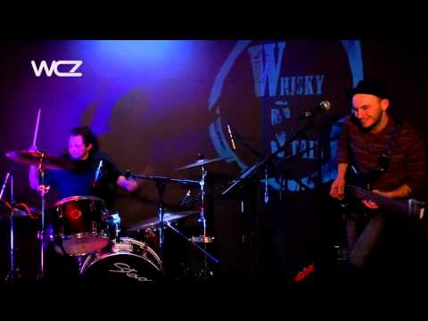 WHISKY STAIN - The Lord's Revolver (Live @ The Zoo Lounge)
