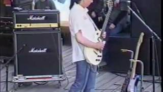The 77s perform Dave's Blues at Ichthus, 1997