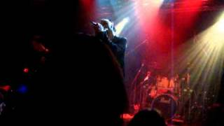 Dreadful Shadows - Courageous (live @ Eastend Berlin)