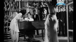 Tu Kahe Agar (Video Song) - Andaz