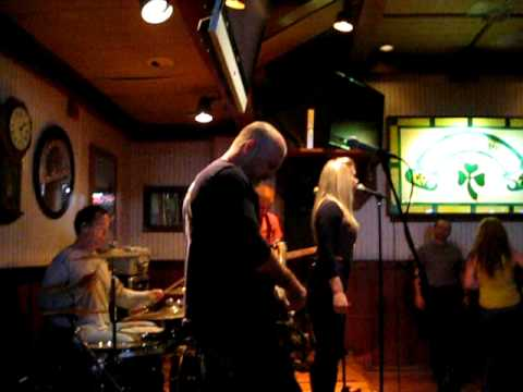 "Parkaimoon - covering Alanis Morissette's ""Uninvited"" - 1/9/10"