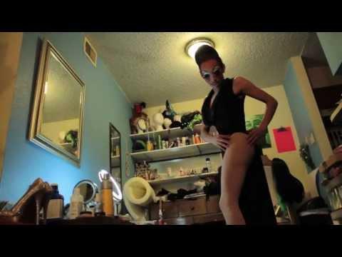 Drag Queen: All Theatrics