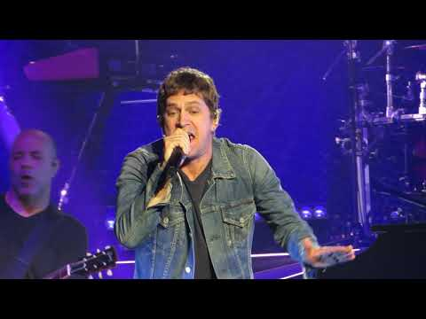 "Rob Thomas ""I Love It"" Live At The Count Basie Theatre - Guy Masucci"