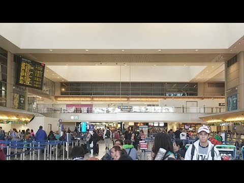 lax airport police tell a worker at lax tony vera recording the cops its ok he got educated