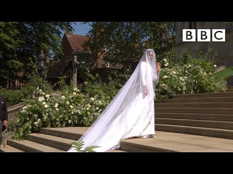 Beautiful Meghan Markle Arrives In Exquisite Wedding Dress - The Royal Wedding - BBC Mp3