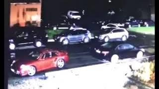Неизвестный расстрелял Toyota Camry в Новокузнецке