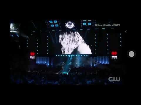 Miley Cyrus - Slide Away ( live at iheartradio festival 2019)