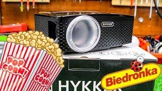 Test Projektora z Biedronki Hykker Vision 180 - STRASZĘ SĄSIADÓW
