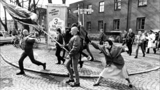 Angelic Upstarts - Anti-Nazi (Subtítulos Español)