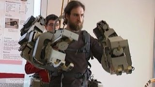 This Wearable Robot Gives You Superhuman Strength