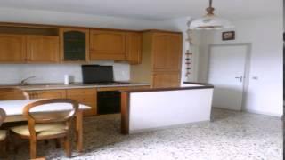 preview picture of video 'Appartamento in Vendita da Privato - via Umberto I 44, Castagneto Carducci'