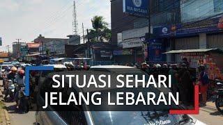 Sehari Jelang Lebaran, Pasar Cibinong Dipadati Kendaraan Warga yang Ingin Belanja