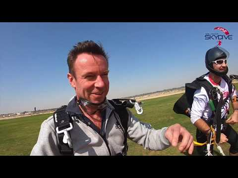 VooTours offers you the opportunity to enjoy the exhilarating experience of tandem skydiving in Abu Dhabi. Abu Dhabi Skydive is located between Abu Dhabi & Dubai, we are able to help you enjoy incredible views of Abu Dhabi, especially if you're skydiving for the first time.