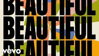 Kadr z teledysku Something Beautiful tekst piosenki Tom Walker feat. Masked Wolf