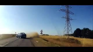 Аварии на дорогах, приколы на дороге 2018 9