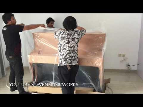 Unboxing Acoustic Piano Yamaha U1J PEC