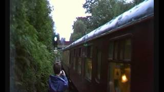 preview picture of video 'Steam @ Bracknell. 4464 Bittern stops by electric passenger train. Cathedrals Express. 13/8/12'