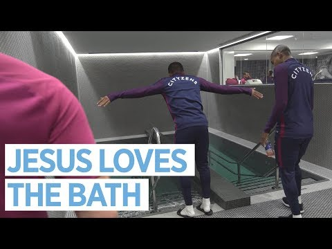 JESUS LOVES A BATH!   New Changing Rooms Tour