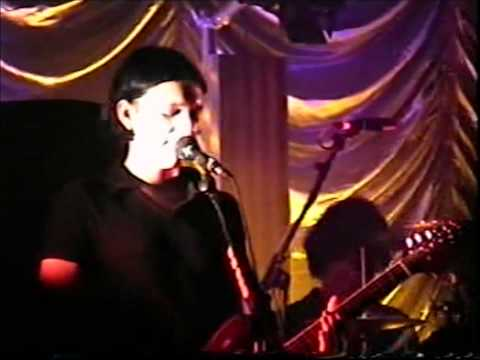 Placebo - Allergic (To Thoughts Of Mother Earth) @ Portsmouth 1997