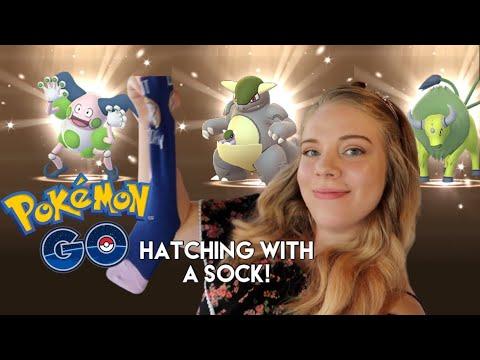 HATCHING 9 SHINY REGIONAL EGGS (using a sock) in Pokémon Go! Ultra Bonus Week 2 Event!
