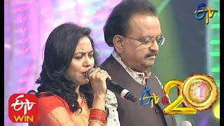 S.P.Balu and Sunitha Performs - Mounamelanoyi Song in ETV @ 20 Years Celebrations - 2nd August 2015