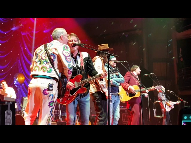 Gord-downie-with-blue-rodeo