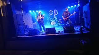 Video Na svatýho Nikdy!! -Blázni na svobodě (Live)