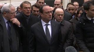Attentats: la sécurité de François Hollande remise en cause