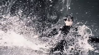 長谷川博己、水しぶき上げスライディングチューハイ新CMでクールな姿