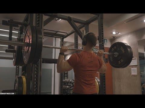 Le fitnes pour les muscles fessiers