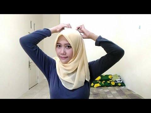 Video Cara Pakai Jilbab Segi Empat Paris yang Simple (Simple Hijab Square Tutorial)