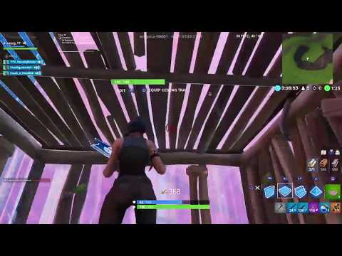 Doing zone war with renegade raider and purple skull trooper