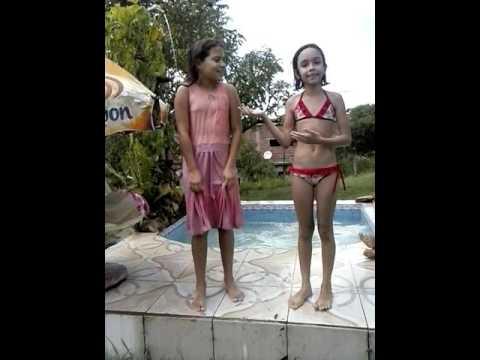 Desafio da piscina com minha amiga Sara❤❤❤😊😊😊