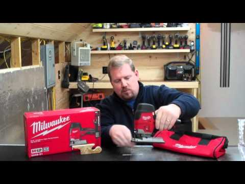Milwaukee M12 Cordless Jigsaw Review