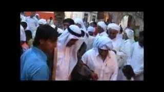 preview picture of video 'مراسم سنتی لباس پوشاندن به داماد در بندر کنگ'