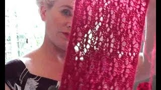 LACE SCARF KNITTING TUTORIAL - Learn How To Knit This All Over Lace Pattern With Free Lace Chart