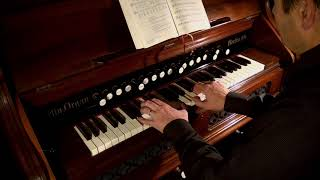 See Amid the Winter's Snow (2017 Christmas Collection) - Berlin Reed Organ