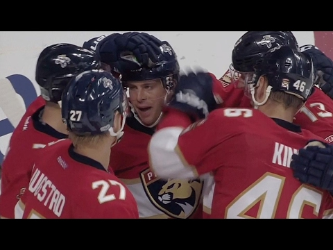 Marchessault collects hat trick against the Blackhawks