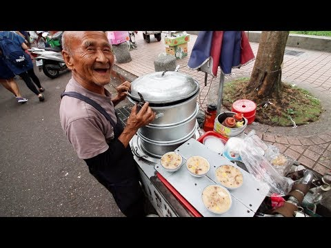 Most Famous Street Food in Taipei - 7 STREET FOODS UNDER $2 | BEST Street Food in Taiwan