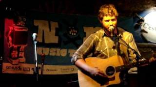 The Indie Queens Are Waiting - Dan Mangan - live for NXNE