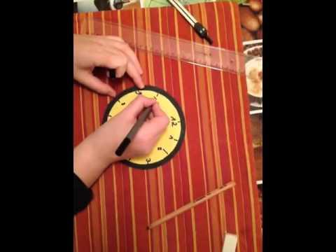 Kinderuhr aus Tonpapier basteln