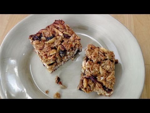 Homemade Granola Bars – Recipe by Laura Vitale – Laura in the Kitchen Episode 179