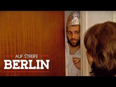 Angst vor Infektionen - Ein Leben im Schutzanzug | Auf Streife - Berlin | SAT.1 TV