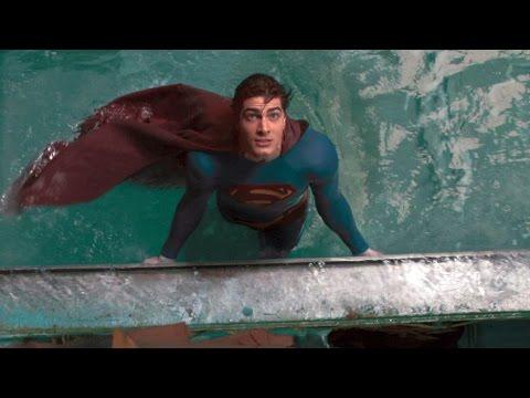 Superman lifts a ship   Superman Returns
