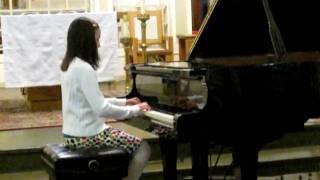 Mary Carmen playing Dixie on Piano