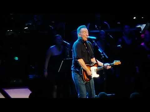 DANCING IN THE DARK - Bruce Springsteen - 12/09/2019 - Beacon Theatre