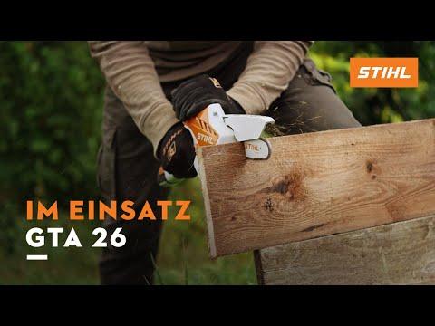 Arbeiten mit dem STIHL GTA 26 Geh?lzschneider